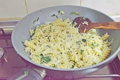 Step42 Quick and healthy Pasta with spinach